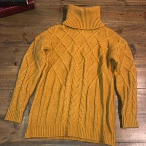 ⭐️Mustard Turtleneck Sweater